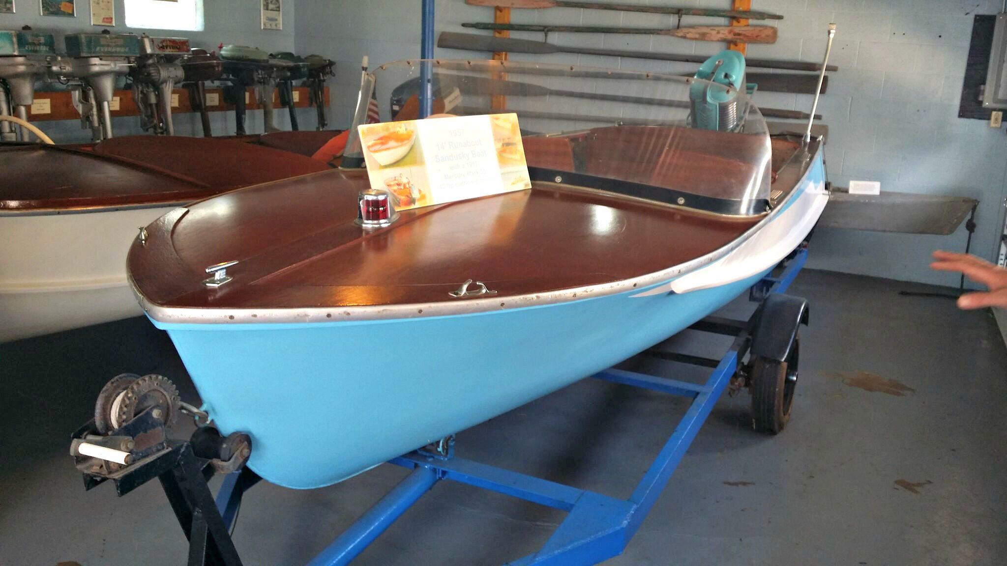 wood boat 1