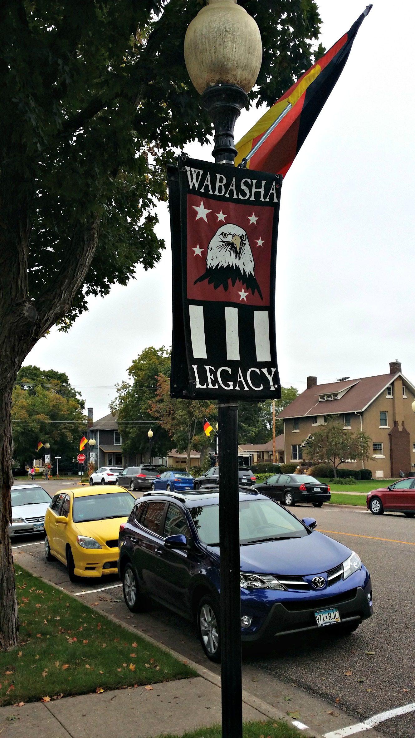 wabasha-sign